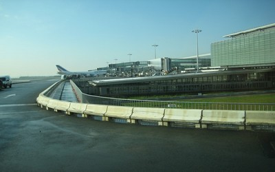 Aéroport Roissy Charles de Gaulle -  Terminal 2B (Copyright ADP)