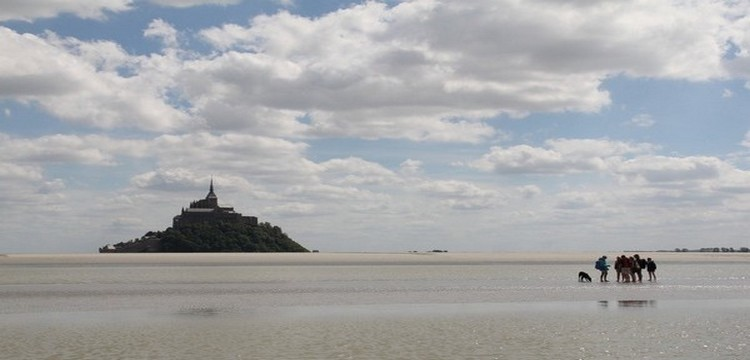 Le Mont Saint-Michel et la baie (photo André Degon)