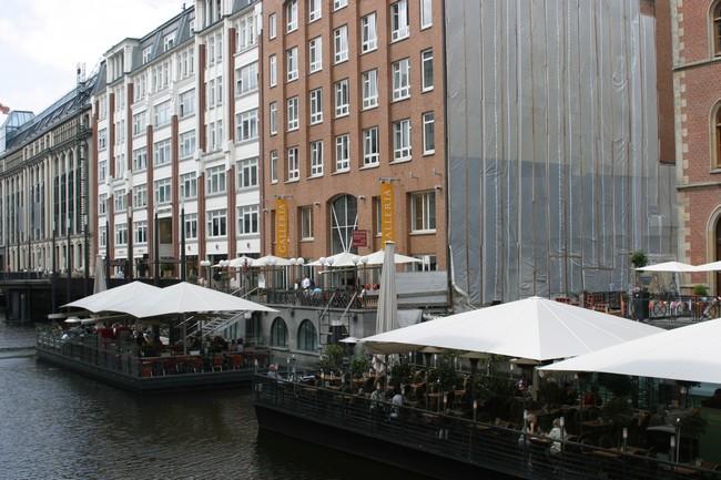 Hambourg l'insaisissable, belle et rebelle, autosuffisante et tellement plurielle !! © Richard Bayon