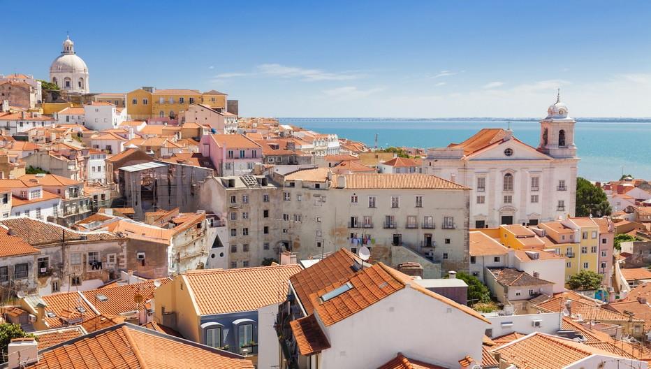 """""""A Lisbonne, les prix oscillent dans le quartier de Baixa entre 4.500 et 6.000 euros le mètre carré """" explique Cécile Goncalves la directrice de l'agence Maison au Portugal.  © www.visitportugal.com/fr"""