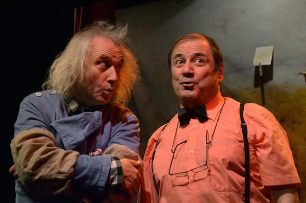 """""""Les Personnages oubliés """" une pièce d'Henry Le Bal actuellement à l'affiche du Théâtre de l'ïle Saint-Louis à Paris. De gauche à droite : Henry Le Bal et Philippe de Brugada. Copyright photo David Raynal"""
