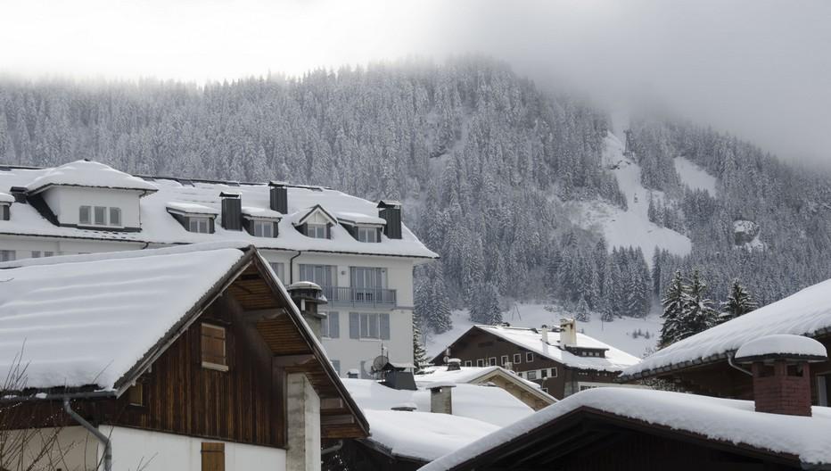 Situé à quelques kilomètres de Megève et des 200 km pistes du domaine skiable de l'Espace diamant, les Balcons du Mont-Blanc en Savoie est le seul village vacances en France à disposer deux pistes de ski privatives. © David Raynal