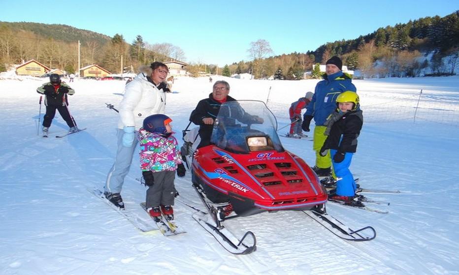 Le ski à Rochesson se pratique dans un esprit familial avec notamment l'accueil et le sourire permanent du dameur Alain Didierlaurent. ©Bertrand Munier