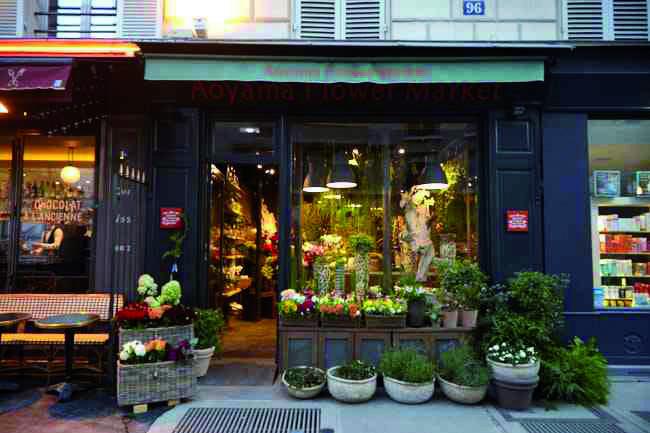 Tomoji  Hakuno a ouvert sa boutique Aoyama Flower Market rive gauche à Paris. © DR