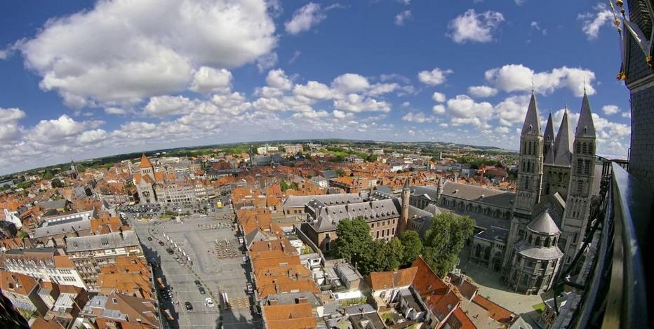La viile francophone de Tournai fut pendant longtemps un des centres urbains les plus importants du Comté de Flandre, du Royaume de France et des Pays-Bas (autrichiens, espagnols, …), Crédit photo OT Wallonie/Alessandra Petrosino