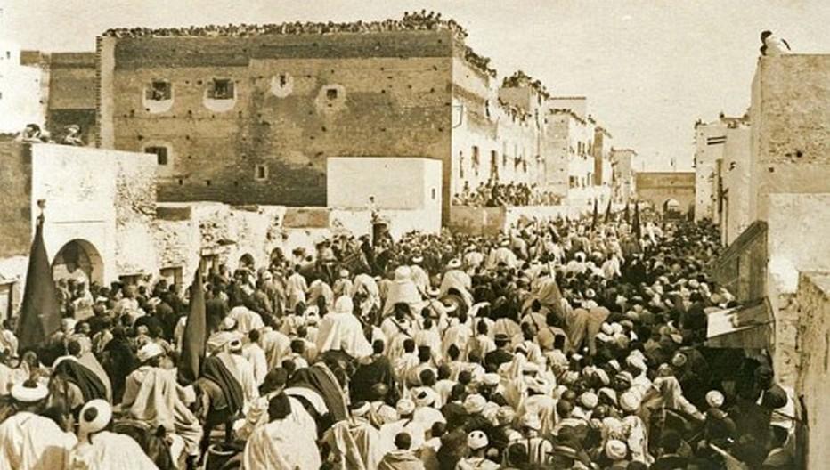 Depuis des siècles le pèlerinage circulaire des Regraga est un rituel solaire, qui commence avec l'équinoxe du printemps. © Archives O.T.Maroc