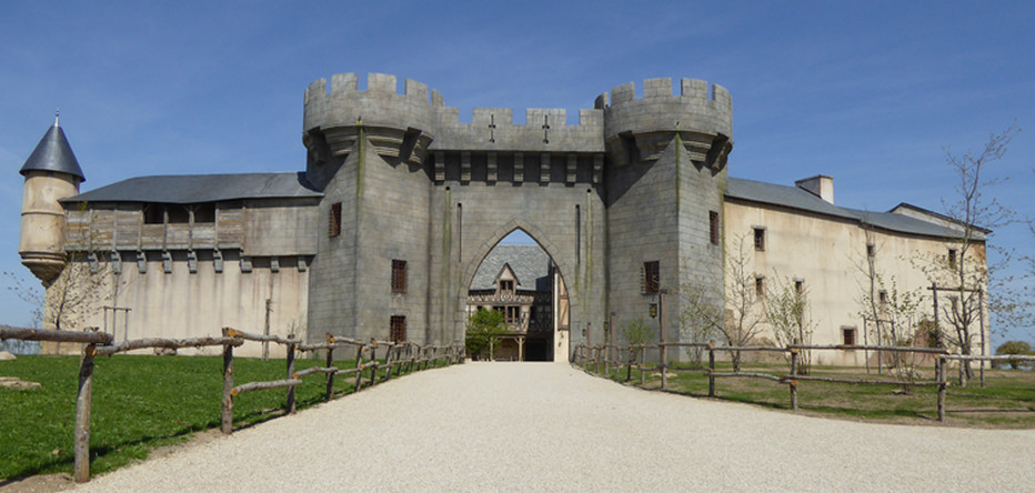 La Citadelle le nouvel hôtel d'inpiration médiévale dispose de 448 lits avec 74 chambres classiques et 26 chambres conforts plus spacieuses.Crédit photo Le puy du Fou D.R.