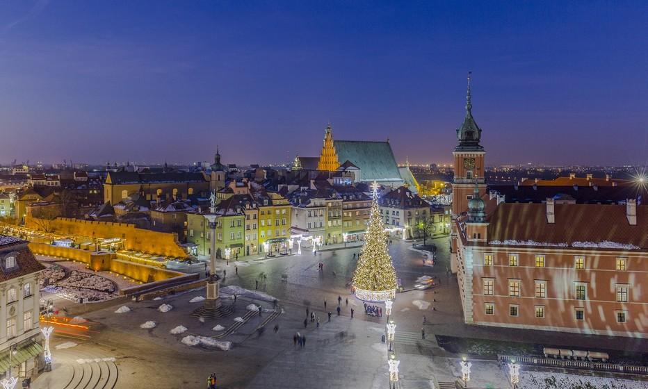 Le marché de Noël de Varsovie est traditionnellement organisé dans la vieille ville. Crédit photo Office de Tourisme de Pologne.