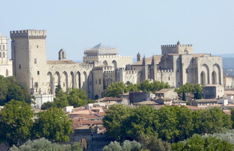 Zoom sur Avignon depuis la terrasse du Fort Saint-André .© C.Gary