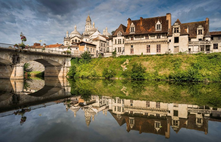 La très belle ville de Périgueux accueille sa 15ème édition du Salon International du Livre Gourmand du 23 au 25 novembre 1018. Copyright OT Périgueux