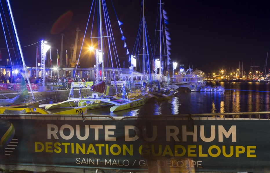 Port d'attache de la Route du Rhum depuis 40 ans, la cité corsaire de Saint-Malo accueille pour la 11ème fois depuis 1978 les marins en partance pour la Guadeloupe. Ils seront 123 skippers solitaires –  Copyright Alexis Courcoux