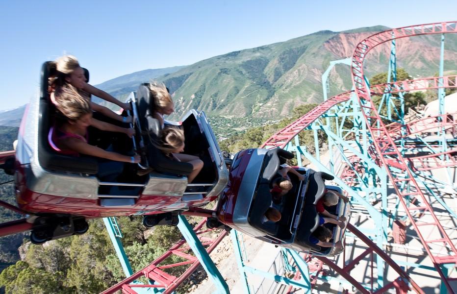 Vue d'en haut sur le Giant Canyon Swing at Glenwood Caverns Adventure Park. Copyright DR