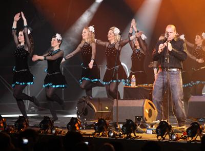 Les danseuses irlandaises lors du concert de la Saint Patrick à Paris Bercy (crédit photo/David Raynal)