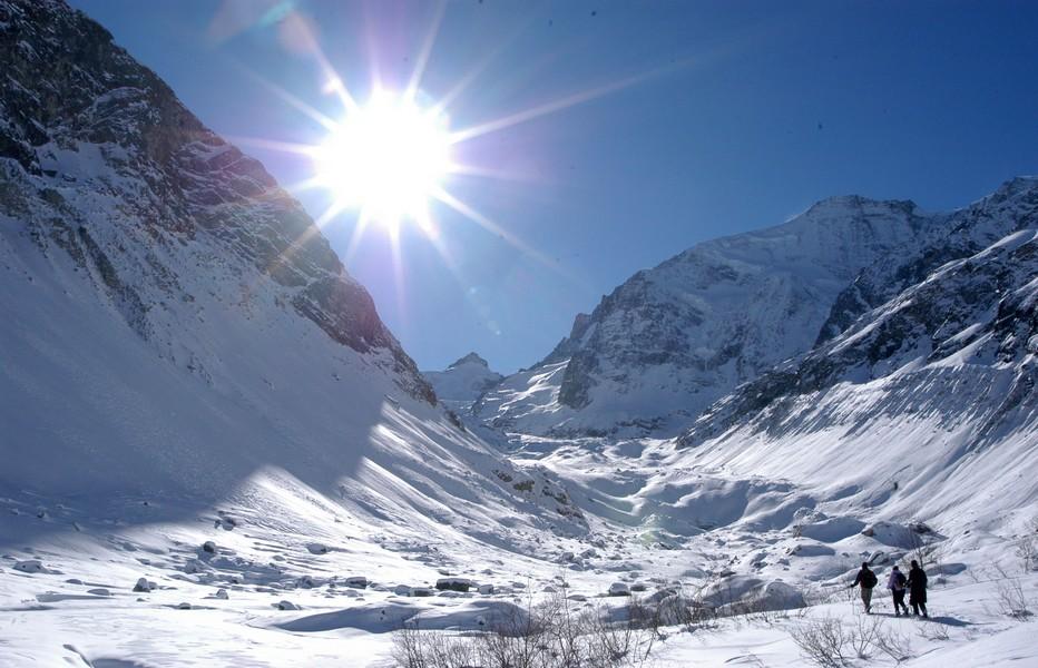 Dans le Val d'Anniviers en Suisse, en plein cœur du canton du Valais, la saison hivernale est unique et se prolonge hardiment jusqu'au printemps.  Copyright OT.Suisse