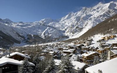 Village de Saas-Fee dans le Valais (Suisse)