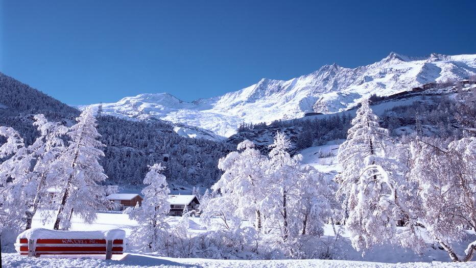 Station de Saas-Fee dans le Valais (Suisse)
