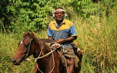 Fidjien à cheval