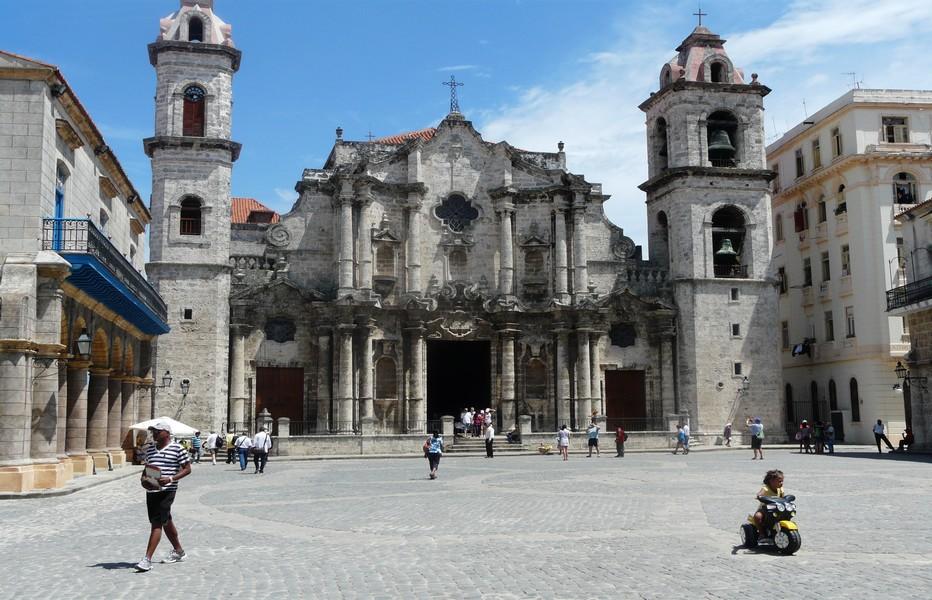 Un des nombreux trésors de la Havane : sa Cathédrale... @ C.Gary