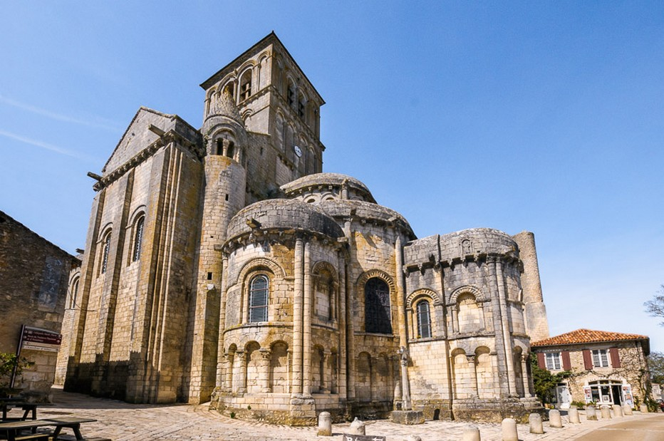 Collégiale Saint-Pierre de Chauvigny, XIIe siècle. @  CDT Comité Départemental du Tourisme, l'ATV/ACAP.