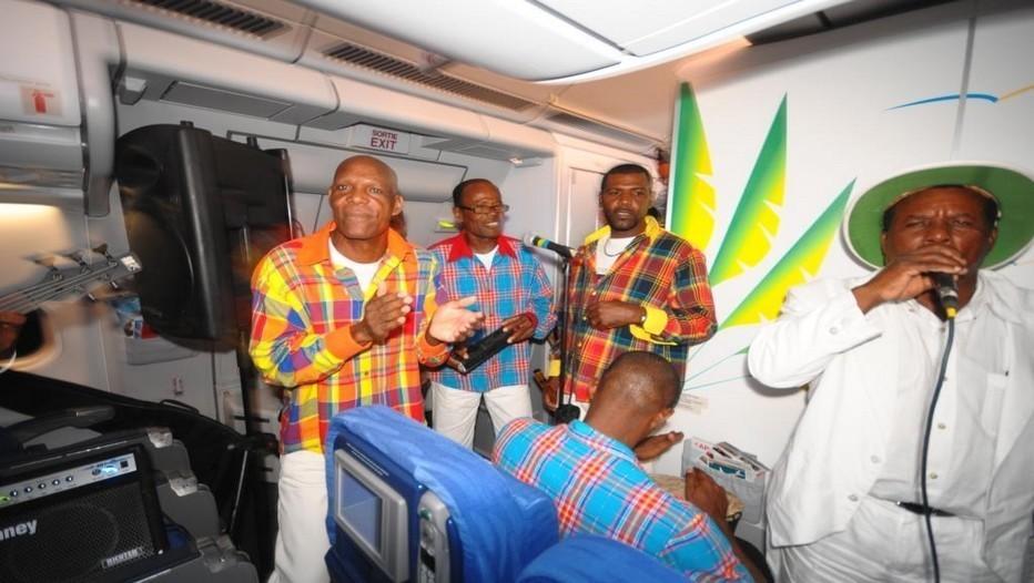 Fête de Noël à Bord de l'avion A330-300 d'Air Caraïbes