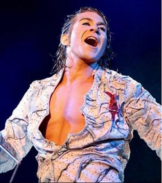 Véritable showman, Pierre Marchand soulève des salves d'applaudissement à chacune de ses prestations. ©Pierre Marchand