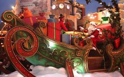 Le père Noël s'invite à Disney