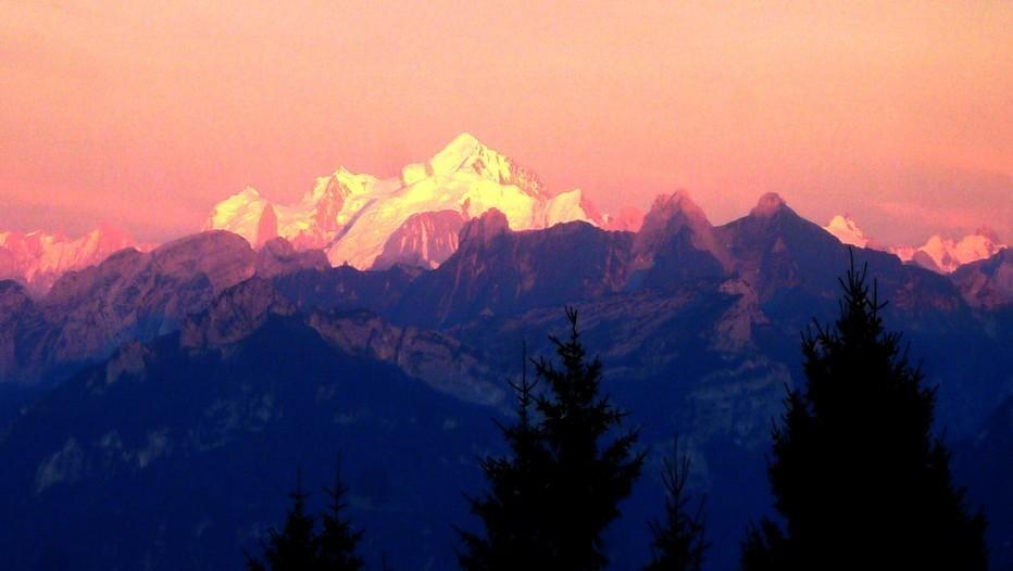 Coucher de soleil sur le Mont-Blanc (Genève)
