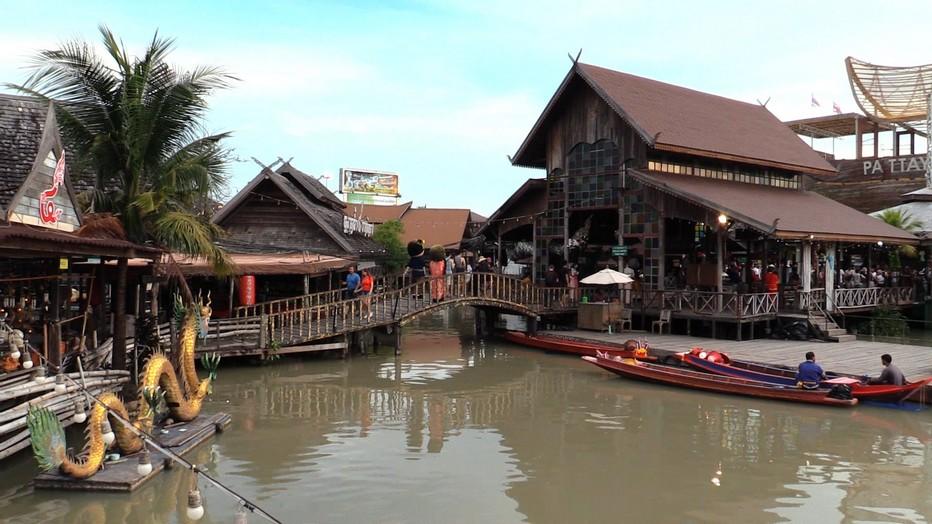 Le marché flottant de Pattaya (Thaïlande) @JLC