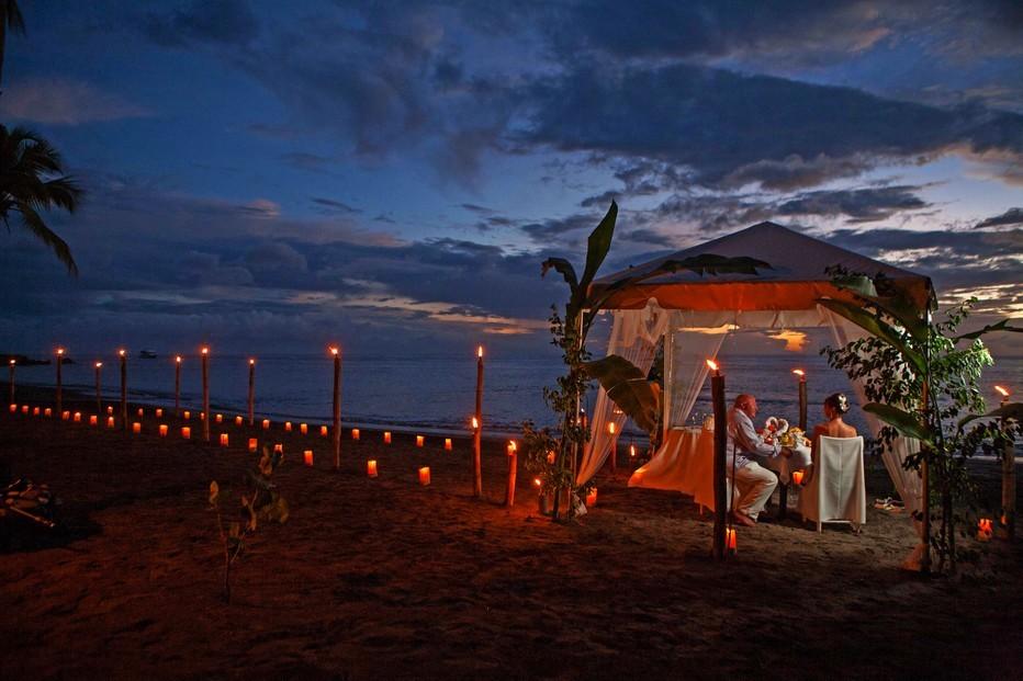 Sainte-Lucie est le lieu ultime pour les couples qui veulent s'y unir ou vivre intensément leur lune de miel.@ DR