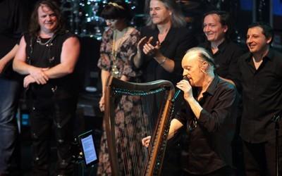 Intense émotion pour le retour d'Alan Stivell sur la scène de l'Olympia