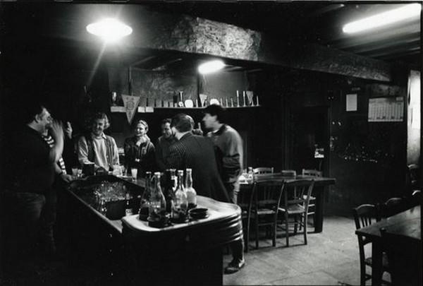 A Sardent, le bar où Claude Chabrol a tourné son premier film, Le Beau Serge @Pierre Josse.