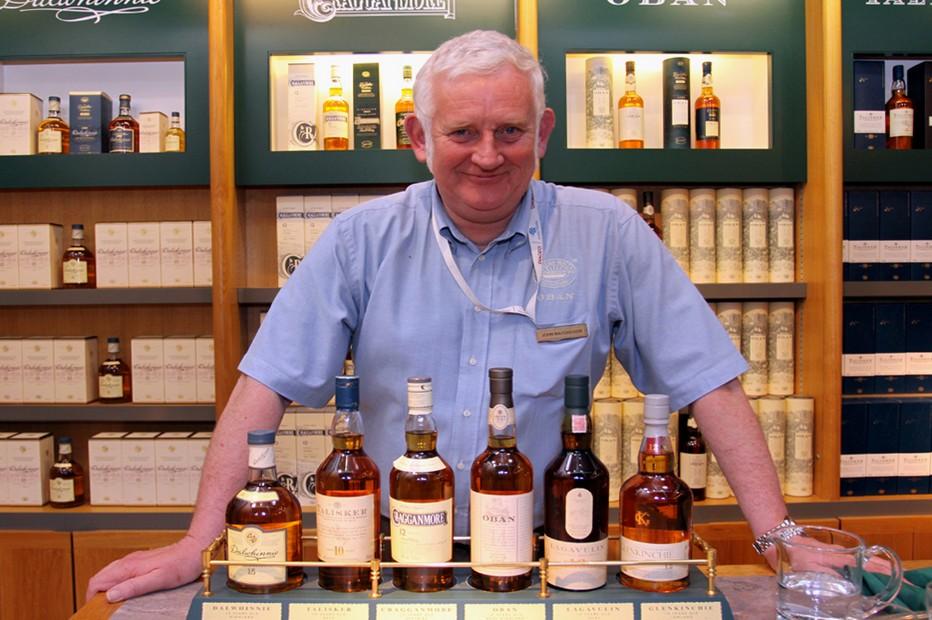 Dégustation de whisky à la distillerie d'Oban. Crédit photo David Raynal.