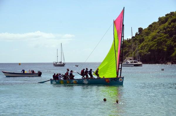 Un sport typique de la Martinique qui a permis à de nombreuses régates de voir le jour, notamment la plus connue et attendue d'entre elles : le tour de la Martinique des yoles rondes. @ David Raynal