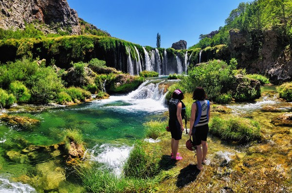 La Croatie s'ouvre de nouveau, progressivement, au tourisme - Les cascades de.Zrmanja  à Gospic@-  OT Croatie