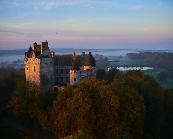 """""""L'idée de Patrimoine 2.0 est simple, il s'agit de mettre en valeur les châteaux publics ou privés, en postant des photos sur les réseaux sociaux."""" - Château du Bouchet @ DR"""