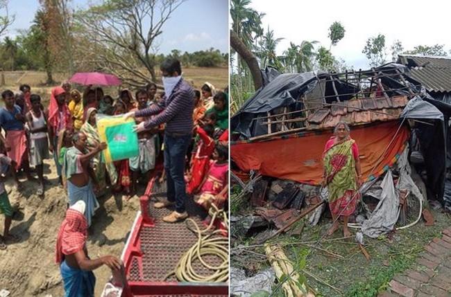 Jaydeep Mukerjee apporte des bâches et des aliments secs  dans la région  de Sundarbans  et le triste spectacle des  maisons rasées par le cyclone. @ Association Meghdutam Foundation