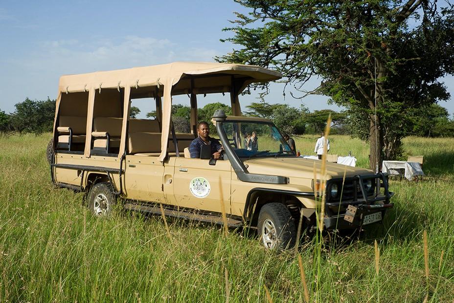Tanganyika Expéditions réinvente le safari et poursuit son engagement pour un tourisme responsable.  La structure a mis en circulation des 4×4 électriques pour lancer des safaris en mode doux. @ Tanganyka Expéditions.