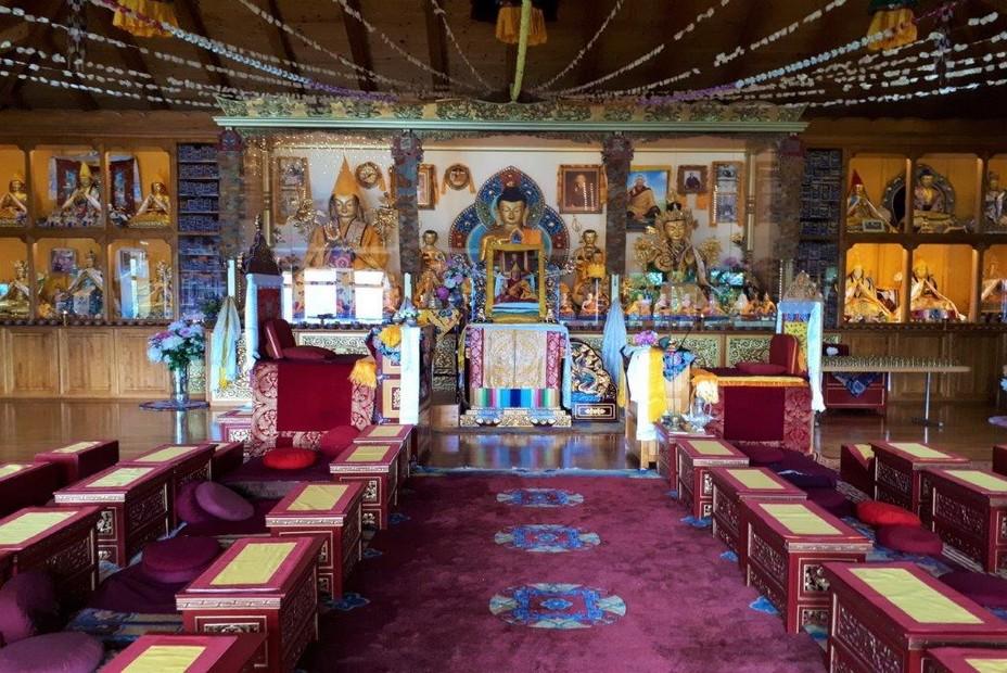 Riviera vaudoise, Mont Pélerin, temple du centre d'études tibétaines. ©Degon