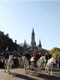 Pélerinage des gardians de Camargue à Lourdes