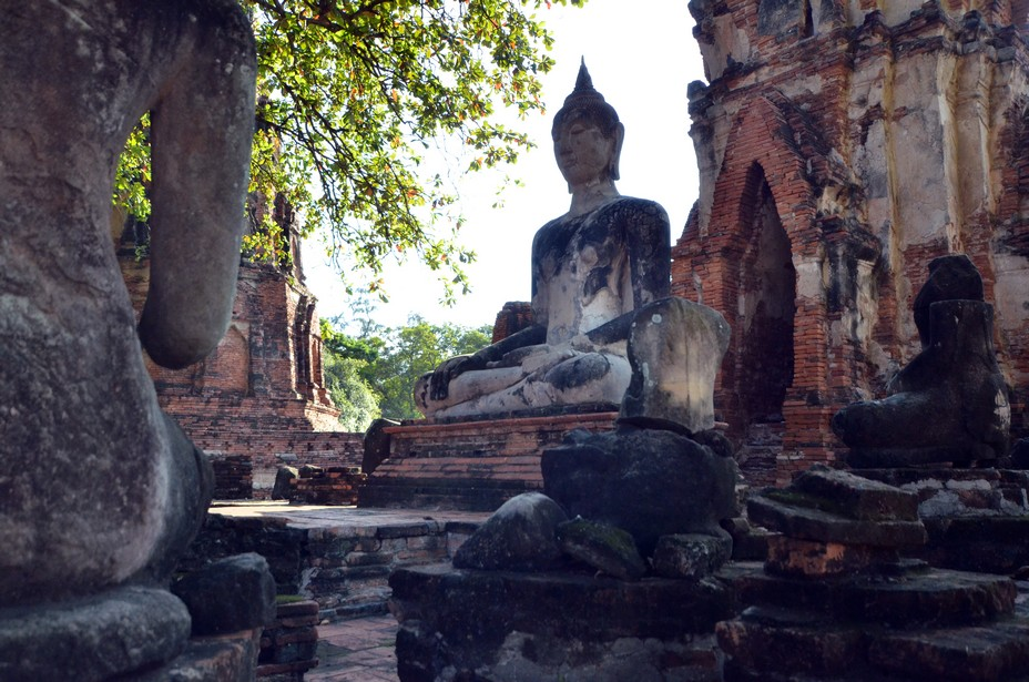U Thong était un aventurier prétendument descendu d'une riche famille marchande chinoise. Il était aussi vraisemblablement apparenté à la famille royale. En 1350, pour échapper à la menace d'une épidémie, il déplace sa cour au sud dans la riche plaine inondable du fleuve Chao Phraya. Il fonde une nouvelle capitale sur une île du fleuve, Ayutthaya. @ David Raynal