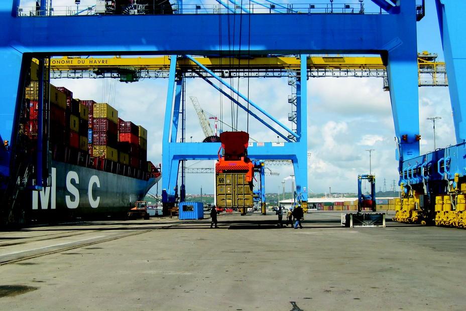 Le Havre, 1er port français  à containers du commerce extérieur . ©GPMH