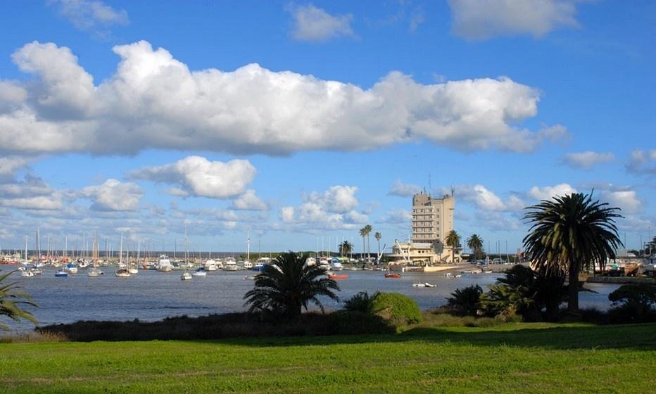 Arrivée à Montevideo (Uruguay) (photo www.easyvoyage.com/)