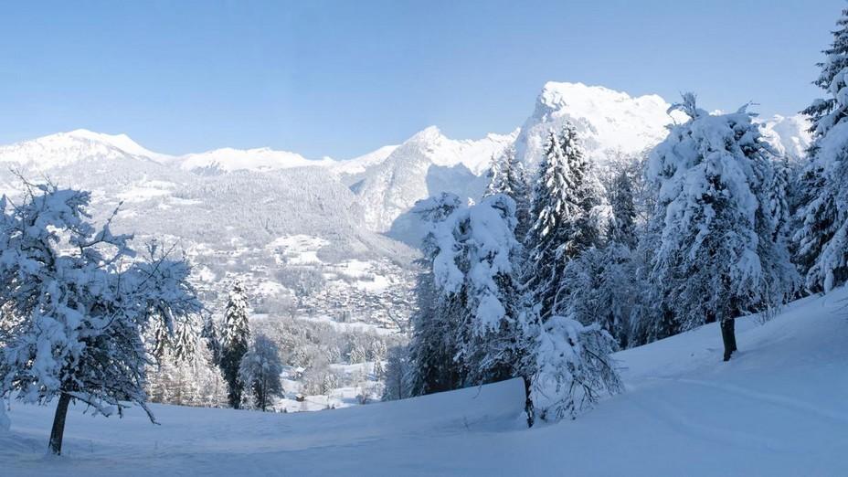 L'Espace San Bernardo, unique dans les Alpes du Nord, relie depuis 1984 La Rosière à La Thuile (Val d'Aoste-Italie). © MGM