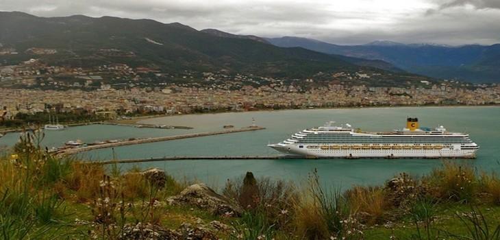 Le Costa Magica en escale à Alanya (Turquie)