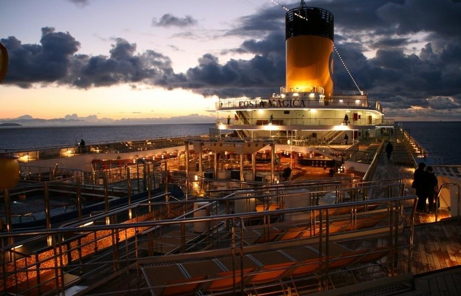 Le navire Costa Magica en mer ( ©Patrick Cros)