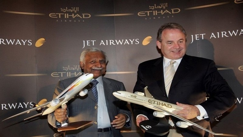A gauche de la photo M. Goyal, PDG de la Cie Aérienne Etihad, à droite M.Hogan, PDG de la Cie Jet Airways (photo LD)