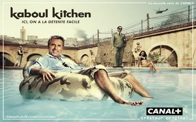 L'acteur Gilbert Melki sur l'affiche de la série de Canal + Kaboul Kitchen réalisée par Frédéric Balekdjian