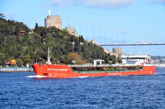 La plupart du temps, les compagnies privées proposent un tour d'une heure et demie à deux heures qui permet d'aller jusqu'au second pont Fatih Sultan Mehmet et de faire demi-tour afin de profiter de la vue magnifique sur les deux rives européenne et asiatique @ David Raynal