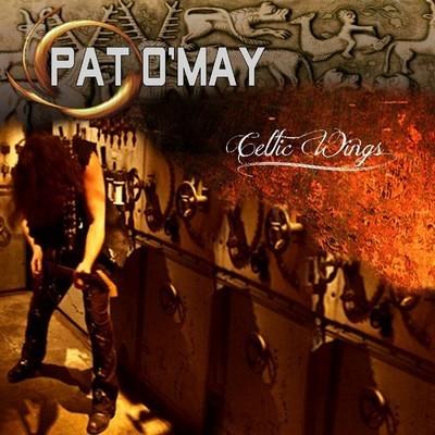 Sorti en novembre 2012, Celtic Wings a été mastérisé dans le célèbre studio Abbey Road à Londres.