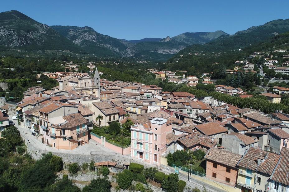 SOSPEL - le village @Drone de Regard